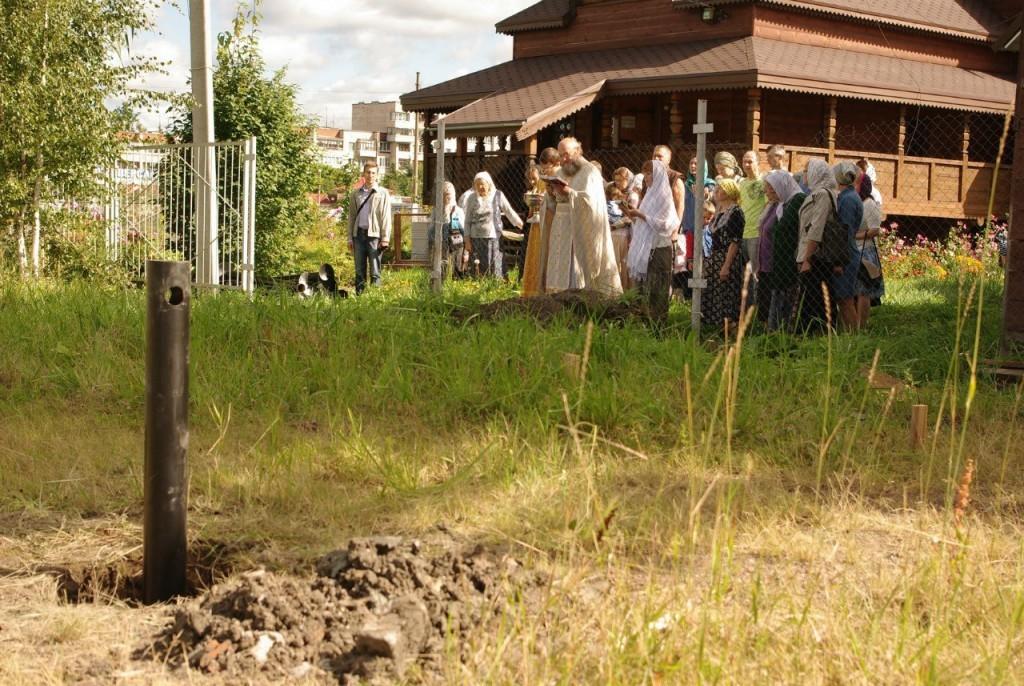 Молебен на начало строительства воскресной школы
