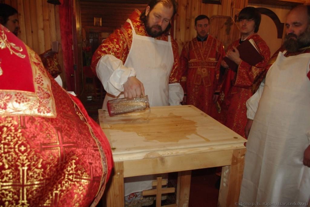 Освящение дерев. храма в Никольском